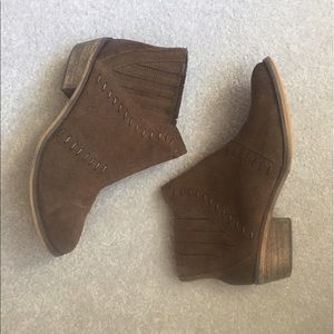 Brown suede Ankle Booties VGUC!