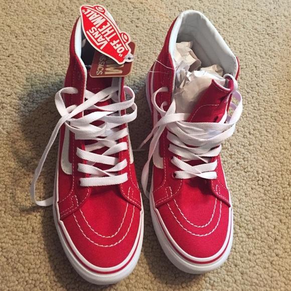 0949e115ec2e17 Vans Red High Tops Size M 6.0  W 7.5
