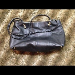 Bottega Veneta Handbags - Vintage💕Bottega Venetia Large Leather Bag