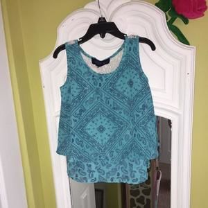 Other - Teal paisley print tank