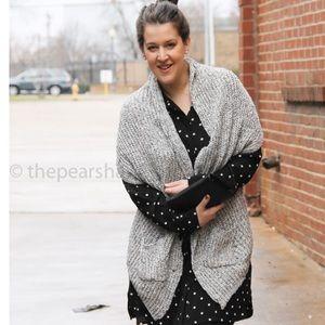 Zara Sweaters - Zara Knit Shawl
