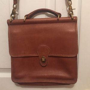 Vintage Coach Willis Crossbody  bag