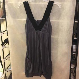 metropark Dresses & Skirts - Metropark mini dress with pockets