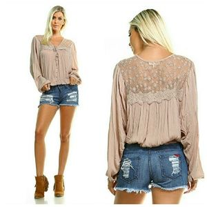 Coachella FAVE peasant top beige long sleeves lace
