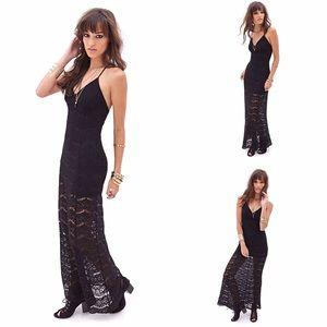 NWOT Black Floral Lace Maxi Dress MEDIUM