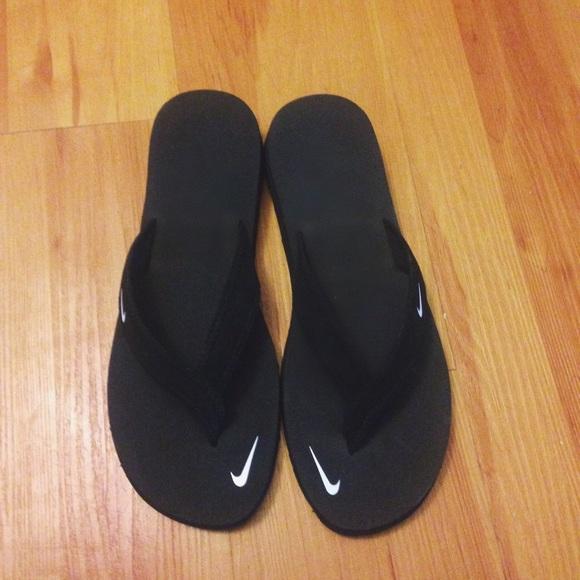 56cc6356c13f Nike Women s Celso Girl Flip Flop Sandal Size 9. M 58022594680278b7be053b8b