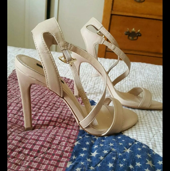8bc207aa271 Forever 21 Shoes - Nude Strappy Heels