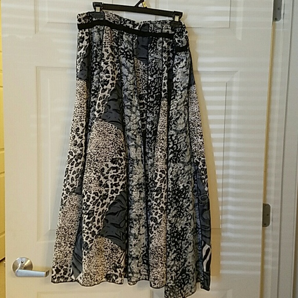 Womens Size 3x Maxi Skirt GREAT CONDITION