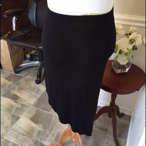 Plus size amazing asymmetrical black skirt. B028