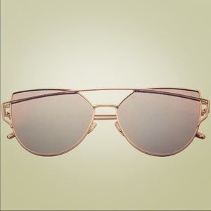 Cat Eye Sunglasses/Sunnies Gold & Silver