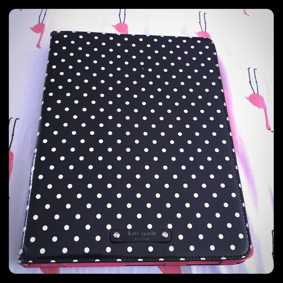 kate spade Accessories - kate spade polka Dot iPad case