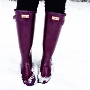 Hunter Boots Shoes - Plum Hunter Boots! ***Comes with BOX!! NO TRADES