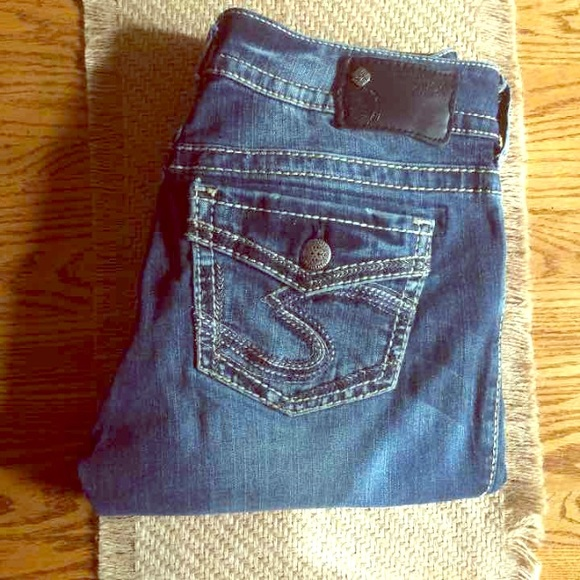 75% off Silver Jeans Denim - DISC. SHIP! Cute Silver jeans! Size ...