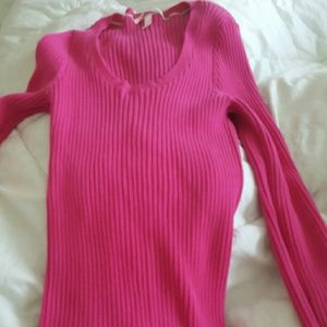 b4db06ec436d33 Victoria's Secret Sweaters - VICTORIA'S SECRET RIBBED SCOOP NECK SWEATER.