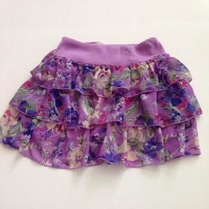 Other - Floral ruffle skirt