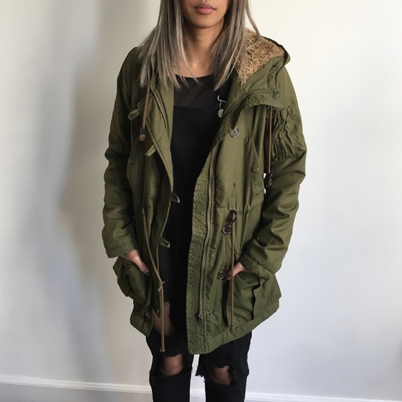 Forever 21 Jackets & Blazers - Olive Green Anorak