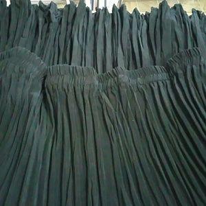J.SUYETTE  Dresses & Skirts - J.SUYETTE AND COMPANY SKIRT