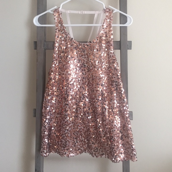 97824eda668 Free People Tops - Rose gold sequin Free People tank