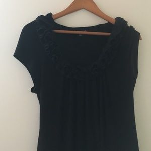 Black ruffled shirt from filtre size small petit