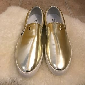 Armani Jeans Shoes - Armani Jeans Gold Tone Slip Ons Size 9.5M😘😘