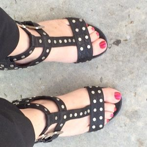 Laurence Dacade Shoes - 🆕 listing 😻 sexy leather studded sandals