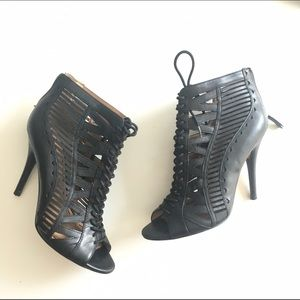 Nine West Shoes - Nine West lace up booties