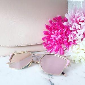 "Erica Rose Accessories - 🆑 ""Chiara"" Sunglasses    Light Pink Mirror"