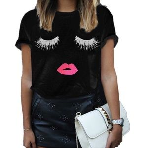 Black Trendy Pink 💋Lips and Eyelashes Tee M ✨HP✨