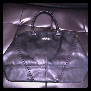 Black leather Kenneth Cole purse