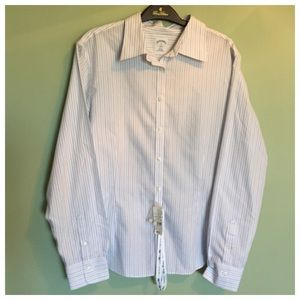Brooks Brothers Tops - NWT Women's Brooks Brothers Buttondown