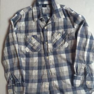 GAP long sleeve flannel button down shirt