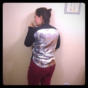 urban nation Tops - Bling top
