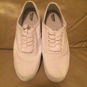Mossimo Supply Co. Shoes - MOSSIMO SUPPLY CO. Shoes