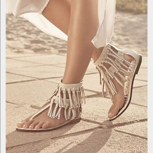 Sam Edelman fringe leather sandal (ab6)