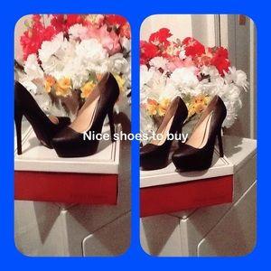 Adorable QUPID Black Shoe BRAND NWOT