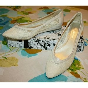 Chinese Laundry Shoes - Chinese Laundry Lace Pointed Ballet Flats NIB