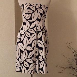 ❌ CLEARANCE: Leaf Strapless Dress