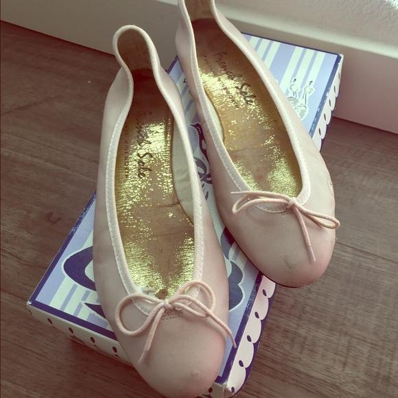 885db150e4afd French Sole Nubuck India Ballet flats. M_5803316e9818299fca081d79