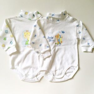 Other - 🎉✨2Cotton onesies🍥 size 6-9