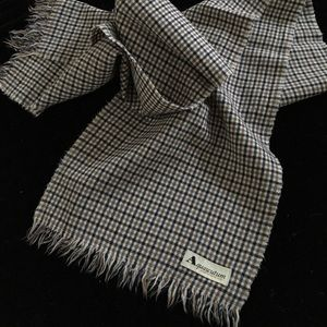 Aquascutum London Accessories - Aquascutum wool scarf 11x58