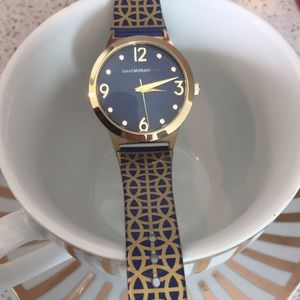 Accessories - Isaac Mizrahi casual and chic watch!