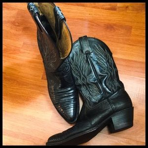 Tony Lama Shoes - Tony Lama Black Cowboy Boots Sz 6C