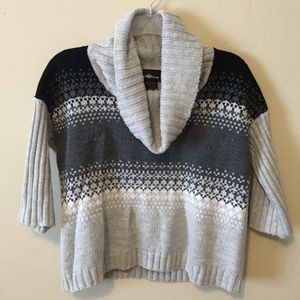 Grey Turtleneck crop Sweater Size Small