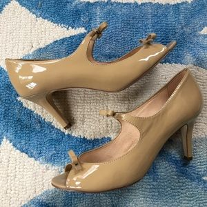 Kate Spade Light Camel Patent Heels - worn twice!