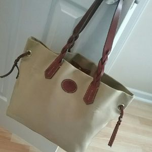 EUC Dooney Nylon Shopper