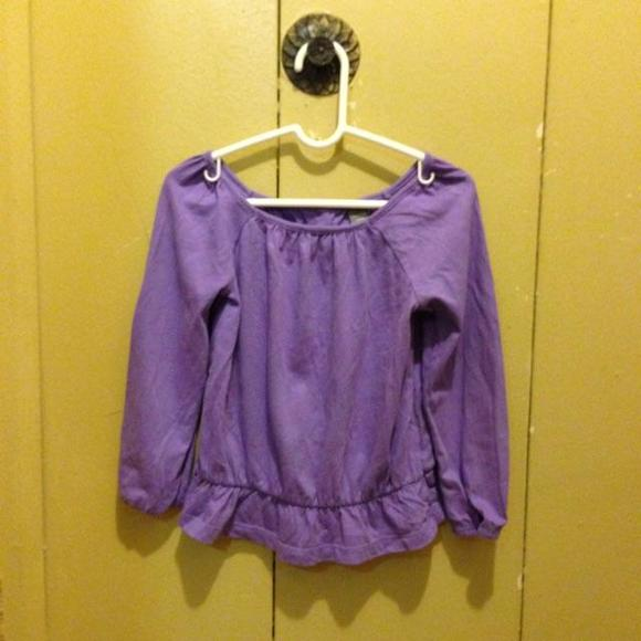 e025538a35a 🌟 Cute purple blouse from the Gap, sizes for a 3 years old.
