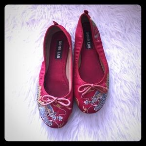 Chinese Dragon ballet flats, 8.5