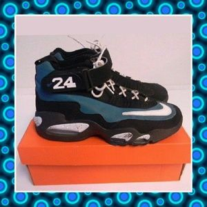 Nike Other - Nike Air Griffey Max 1 24 Sneakers,Size 9.5