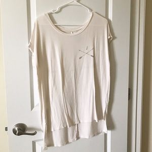 American Eagle Outfitters Tops - SALE 🎉 AMERICAN EAGLE Oversized Hi-Low T-Shirt