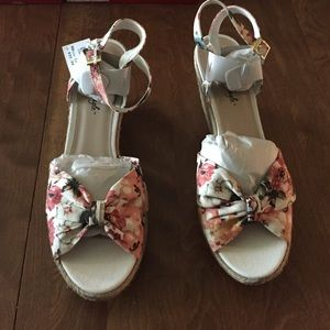Shoes - 12 12 Wide 13 🆕 Floral Ankle Strap Cut Out Wedge